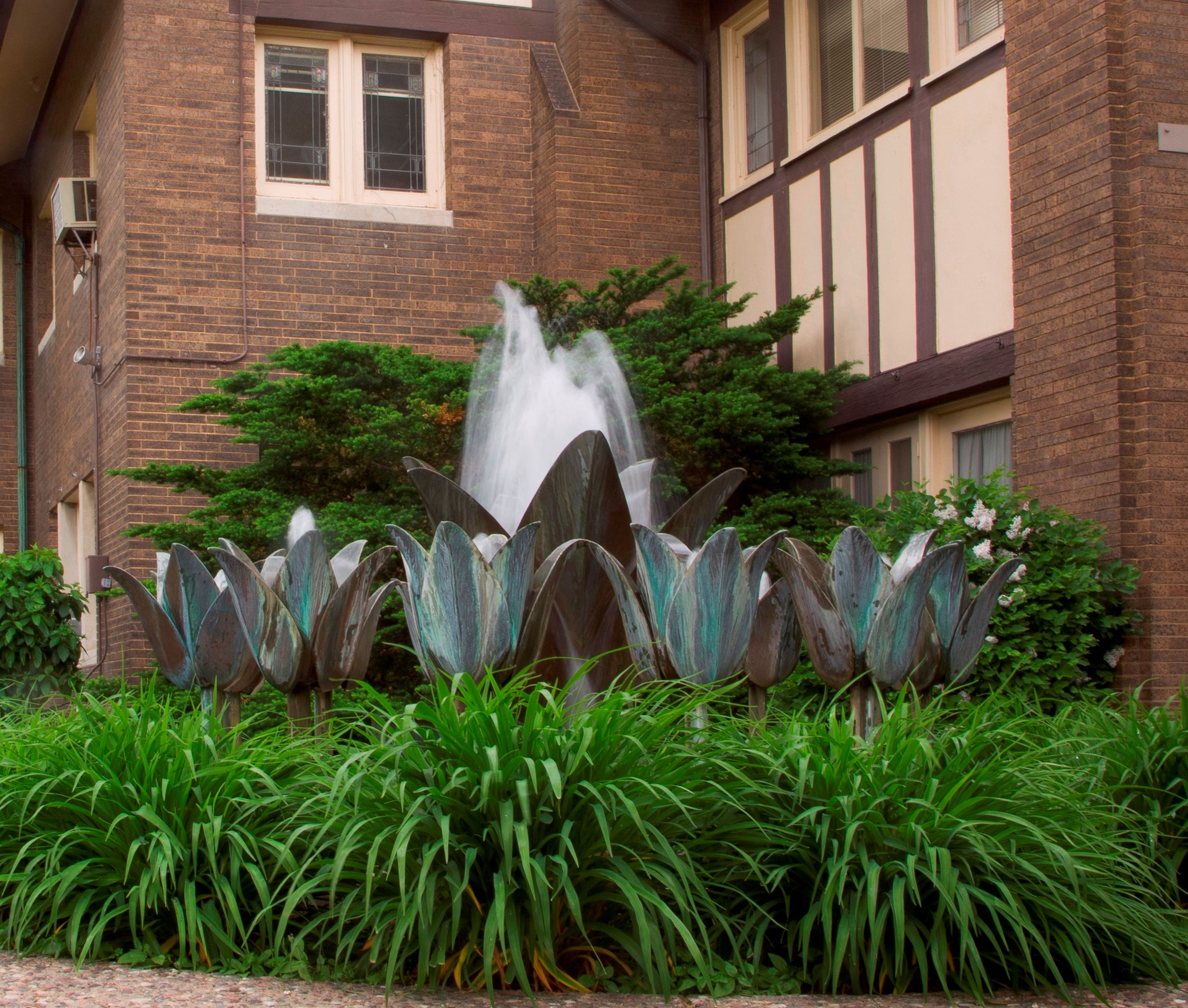 Tulip Fountain at Hauberg Mansion, Installed 1909-11